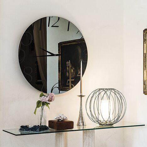 mirror Moment