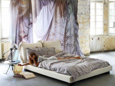 NEBULA FIVE Bed