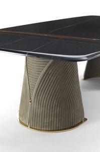 FOSCARI A table